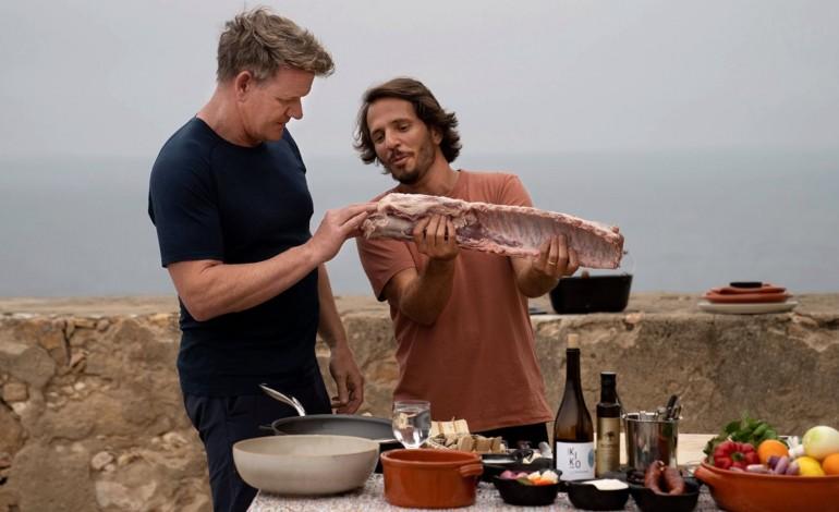 Gordon Ramsey embarcou e foi à procura de sardinha num barco de pesca da Nazaré